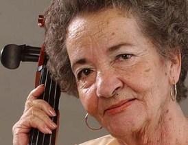 Cuecas en la pascana de Gladys Moreno