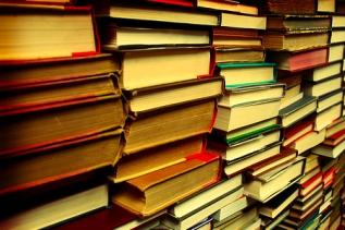 Poesía 2014: continuidad de tres caminos poéticos