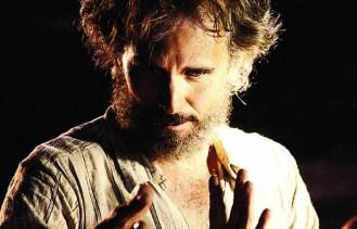 Juan Carlos Valdivia adaptará al cine la novela ''Los Afectos'' de Rodrigo Hasbún