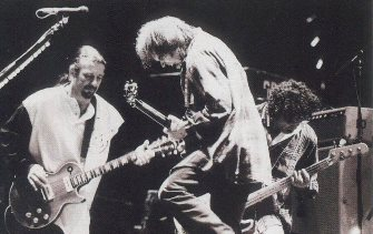 Neil Young, inquilino de la muerte/MADRID-COCHABAMBA